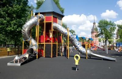 В Центральном Чертанове проголосовали за восстановление детской площадки