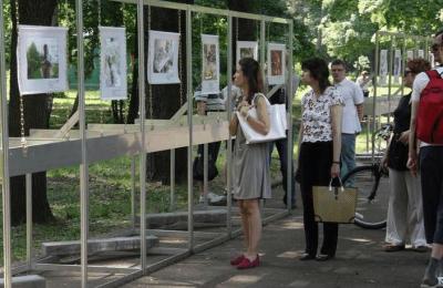 Самые интересные снимки фотоконкурса «ProЧтение» выставят на День города в парке «Садовники»
