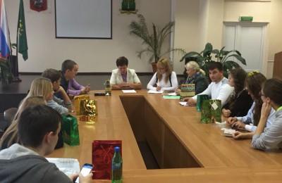 Очередное заседание провели члены молодежной палаты района Нагатино-Садовники