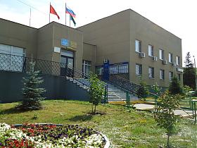 Жители района Нагатино-Садовники стали чаще обращаться в аппарат Совета депутатов по поводу установки шлагбаумов