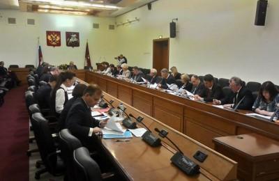 Соответсвующая поправка к закону о местном самоуправлении была принята на заседании комиссии Мосгордумы по государственному строительству и местному самоуправлению