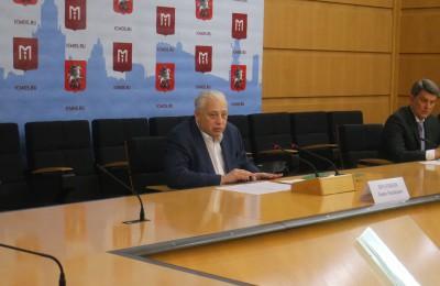 По словам Печатникова, среднеобразовательные организации Москвы по праву занимают лидирующие позиции в общероссийских рейтингах