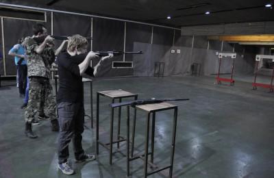 Турнир по стрельбе, на котором все желающие могли проверить свою меткость, 6 ноября организовала молодёжная палата района совместно с администрацией муниципального округа Нагатино-Садовники