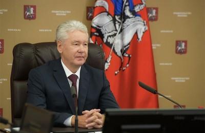 Мэр Москвы Сергей Собянин отметил, что решение о введении бесплатной парковки по воскресеньям и праздничным дням принято после проведения эксперимента