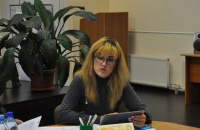 С докладом на заседании выступила глава администрации Софья Баулина