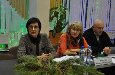 На встрече парламентарии обсудили направление средств стимулирования управы района