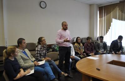 На встрече активисты молодежного парламентского движения выступят с отчетом о выполненной работе в 2015 году, проведут ротацию кадров, подведут итоги, а также поделятся планами на 2016 год
