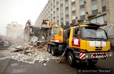 Демонтаж опасного самостроя в столице поддержали более 60% горожан