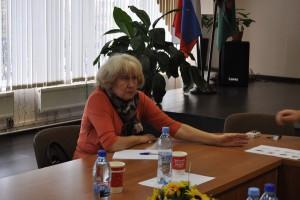 На фото депутат Валентина Карпова