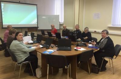 «Компьютерная академия для старшего поколения» в районе Орехово-Борисово Северное вновь начала прием студентов