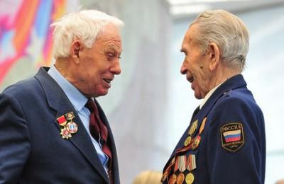 в пользу сохранения увеличенной суммы выплат к 9 мая ветеранам Великой Отечественной войны