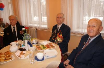 В районе Нагатино-Садовники в преддверии майских праздников проведут частичный ремонт в 3 квартирах участников Великой Отечественной войны