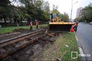Трамвайные пути реконструируют в Нагорном районе