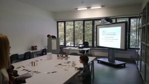 На фото учебный класс в культурном центре