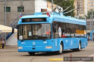 Пассажиры наземного общественного транспорта столицы смогут узнать о прибытии автобуса или троллейбуса с помощью мобильного приложения