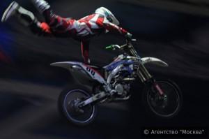 В рамках фестиваля пройдут автошоу, трюки на мотоциклах и тест-драйвы на специально разработанных внедорожных препятствиях