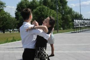 Танцевальные классы проходят каждую неделю, по вторникам и четвергам, в 19 часов