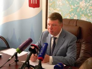 По словам Черникова, 55 миллиардов рублей составил доход от столичных отелей в прошлом году
