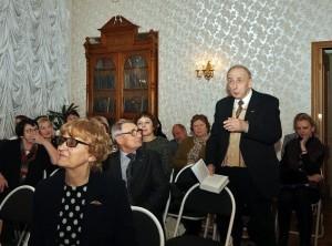 На фото гости библиотеки имени Льва Толстого