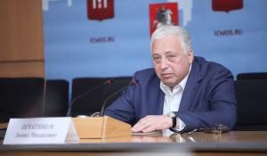 Печатников: В первом квартале года средняя зарплата столичного врача составила около 82,5 тыс. рублей