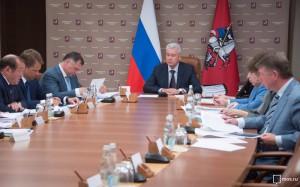 По словам Собянина, в избирательных пунктах будут работать представители Общественной палаты