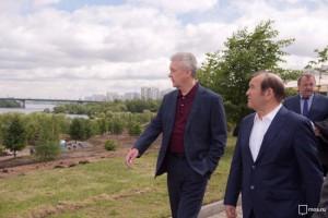 Собянин прокомментировал итоги благоустройства Братеевского парка на юге Москвы