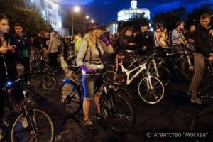 Жители Москвы смогут принять участие во втором ночном велопараде