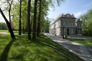 Лирическую русскую музыку и аргентинское танго смогут услышать посетители музея-заповедника