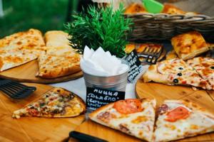 Гостям фестиваля предложат попробовать самодельные бургеры, пиццу и домашние лимонады