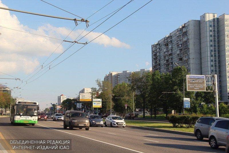 Судьбу парковочных мест на2-й улице Синичкина решат наонлайн-голосовании