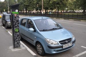 Москвичи могут заранее продлить свои резидентные разрешения на бесплатную парковку
