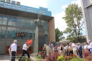 2 августа в Даниловском районе на территории ЗИЛа собрались работники завода