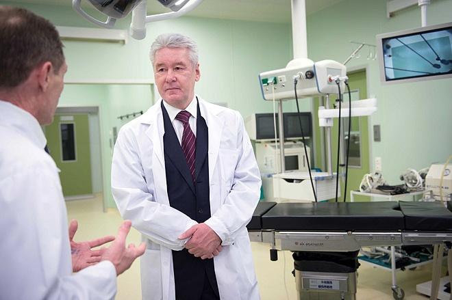 Собянин открыл после капремонта корпус нейрохирургии Боткинской больницы