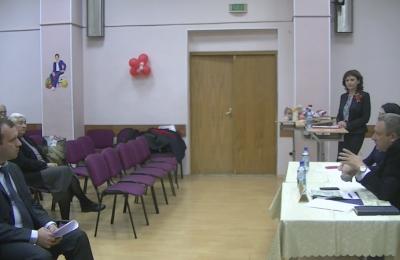 Глава управы района Нагатино-Садовники Сергей Федоров 21 сентября провел очередную встречу с жителями