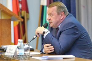 Префект Алексей Челышев рассказал жителям ЮАО о планах по развитию округа на ближайшие годы