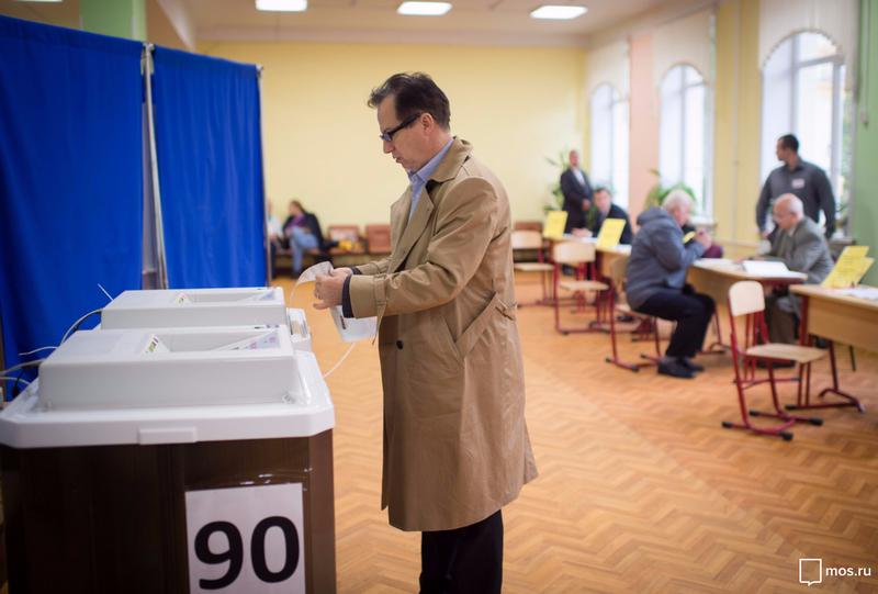 Навыборах в Государственную думу в столицеРФ зафиксировано серьезное снижение голосования пооткрепительным
