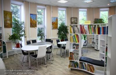 На фото один из залом библиотеки №135 на Каширке
