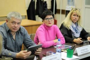 На фото депутаты муниципального округа Нагатино-Садовники (в центре Алла Солдатова)