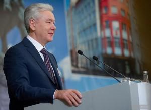 По словам Собянина, экономика Москвы постепенно возвращается к росту