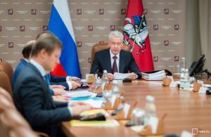 Собянин продлил эксперимент по выдаче электронных сертификатов нуждающимся в Москве