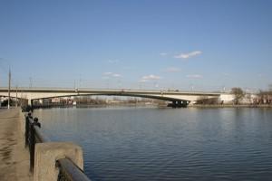 В связи с проведением ремонтных работ до конца декабря ограничат движение на Автозаводском мосту