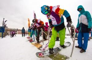 Тренировки сноубордистов частые, но непродолжительные: ребята выходят на склоны несколько раз в неделю на 1-2 часа