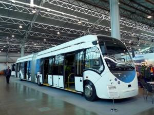 Этот троллейбус может передвигаться без подключения к электрической линии