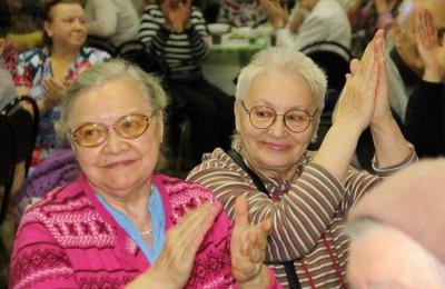 В центре досуга «Садовники» состоялся праздник ко Дню пожилых людей «Тряхнем стариной»
