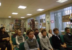 Ученика мшколы 1375 рассказали о движении эко-волонтерских команд Москвы