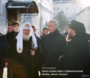 Сергей Собянин в ходе осмотра хода реставрации Новоспасского монастыря