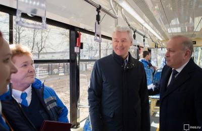 Мэр Москвы Сергей Собянин осмотрел трамваи нового поколения «Витязь-М»