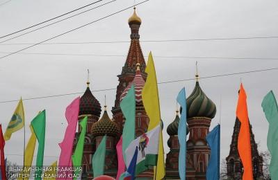 К 1 Мая Москву украсят гигантскими цифровыми открытками