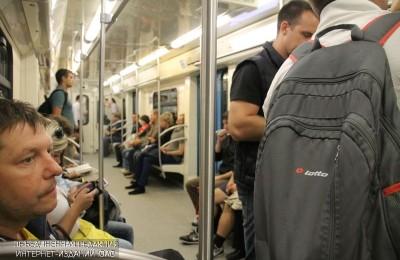 К началу лета в поездах столичного метро проверят кондиционеры
