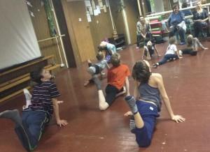 Участники танцевального занятия